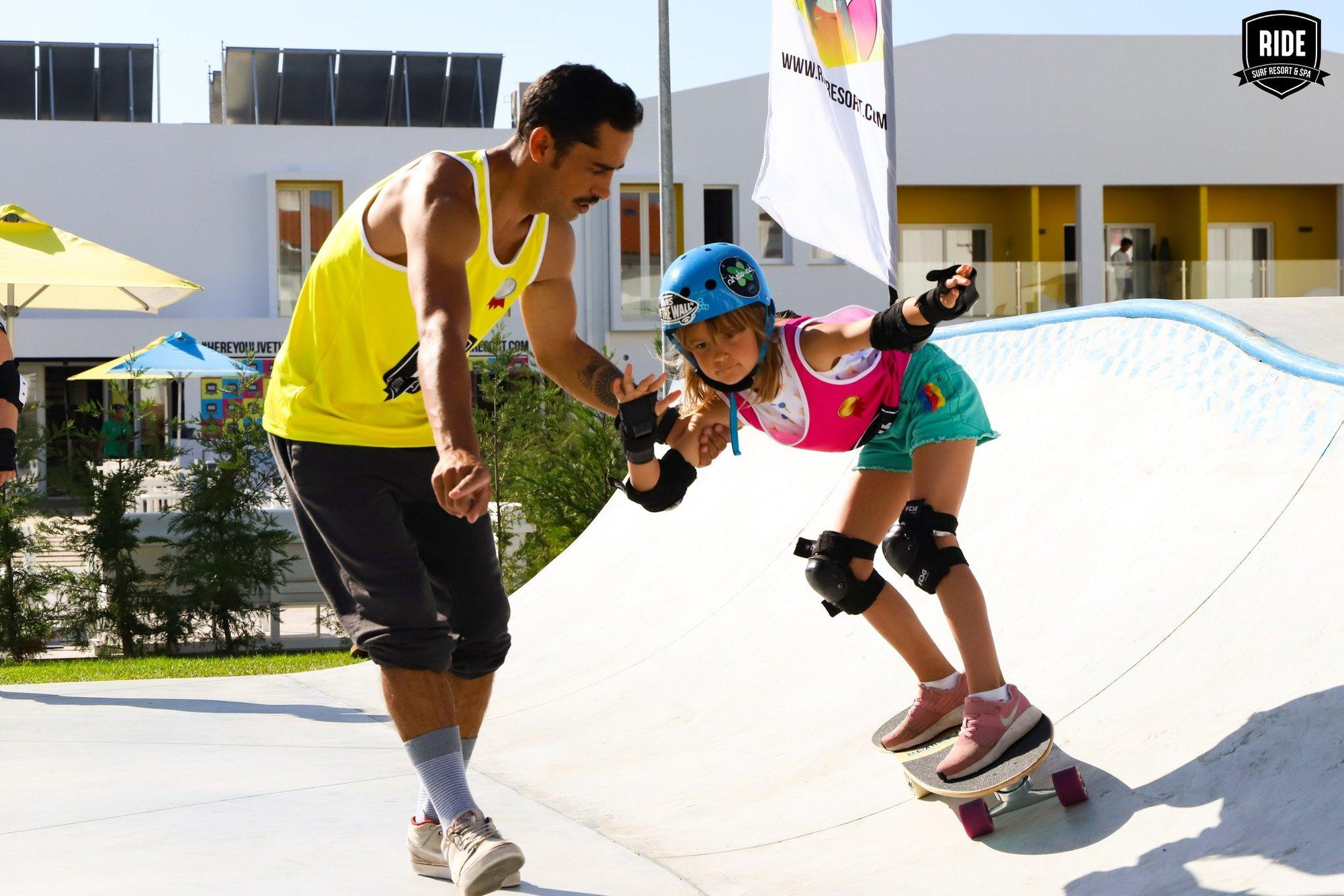 500/Photos/academies/Skate/hotel-ride-surf-spa-peniche-skate-skatepark-cours-prive-enfant-3-jpg.jpg